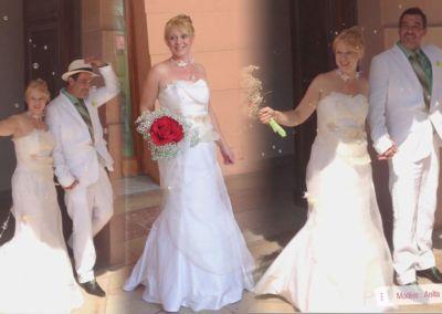 Claire, mariée le 24 Août 2012, dans la région niçoise avec le modèle Anita. « Nous nous sommes mariés le 24 août 2012 et ça a été inoubliable. A l'unanimité, on a trouvé la robe magnifique, elle a donné à ce jour son côté magique. Je remercie Gabriella et toute son équipe grâce a qui j'ai osé devenir princesse d'un jour. Voilà… Je n'hésiterai pas à recommander le magasin, merci encore ! »