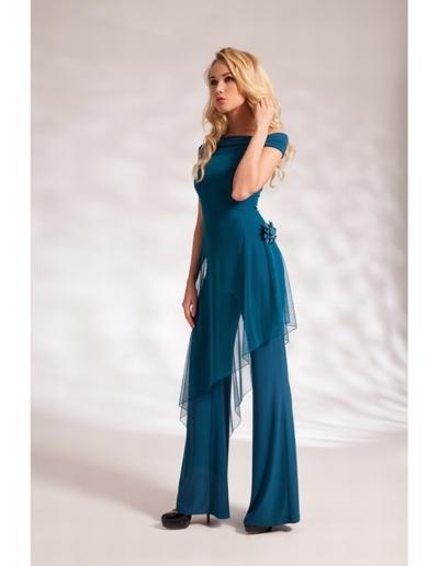 Combinaison pantalon avec tunique en tulle pour tenue de soirée ou demoiselle d'honneur. Existe en  corail, rouge, bleu acier, bleu marine, vert émeraude, bordeaux, noir, bleu royal jusqu'au 50 -   Caralys Nice - Alpes Maritimes (06)