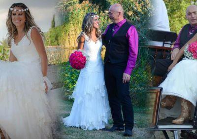 """Sarah: Mariage à cheval le 3 Septembre 2016 avec la robe """"Mare"""". """"Je tenais à vous remercier de m'avoir aidée à trouver la robe des mes rêves. Elle était parfaitement dans le thème de mon mariage et je n'ai reçu que des compliments! Comme vous pouvez voir j'ai mis des bottes de cowboy sous la robe! Bonne continuation!"""" Sara"""