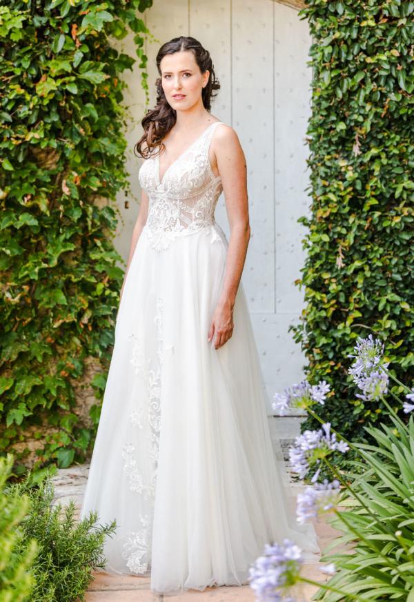 Robe de mariée bohème Théa Caralys